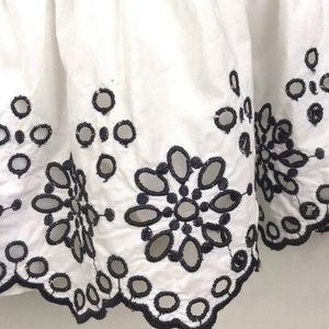 Vineyard Vines Dresses - Vineyard Vines Eyelet Off The Shoulder Dress NWT